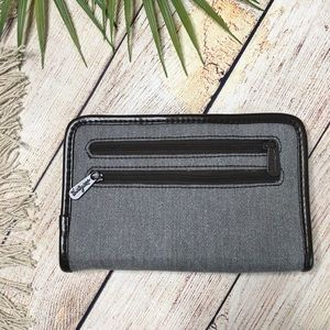 Thirty-One Timeless Wallet Gray Brushed Twill